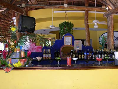 costa-club-punta-arena-bar